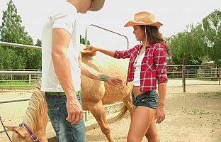 Freaky cowgirl sucking big cock